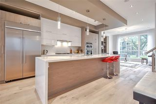 Photo 9: 627 36 Street SW in Calgary: Spruce Cliff Detached for sale : MLS®# C4303307