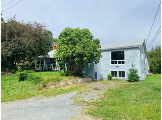 Photo 1: 14109 Highway 1 in Hants Border: 400-Annapolis County Residential for sale (Annapolis Valley)  : MLS®# 202017830