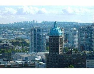 "Photo 8: 2209 438 SEYMOUR Street in Vancouver: Downtown VW Condo for sale in ""CONFERENCE PLAZA"" (Vancouver West)  : MLS®# V669096"