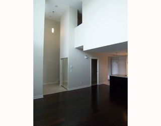 Photo 8: 7099 17TH Avenue in Burnaby: Edmonds BE Townhouse for sale (Burnaby East)  : MLS®# V699102