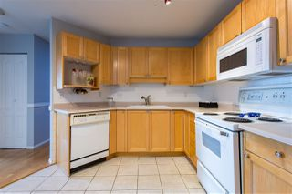 "Photo 8: 304 5450 208 Street in Langley: Langley City Condo for sale in ""Montgomery Gate"" : MLS®# R2410335"