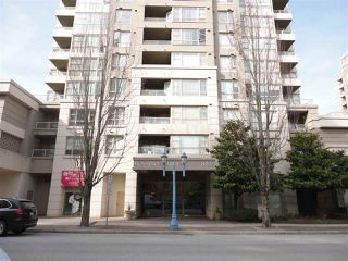 "Photo 1: 205 8297 SABA Road in Richmond: Brighouse Condo for sale in ""ROSARIO GARDENS"" : MLS®# R2430603"