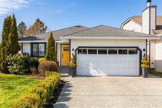 Photo 1: 12211 CYPRESS COURT in Pitt Meadows: Mid Meadows House for sale : MLS®# R2446163