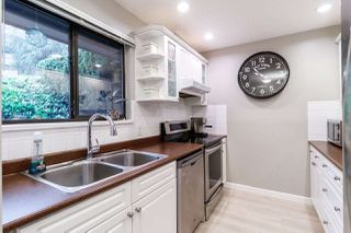"""Photo 2: 922 BLACKSTOCK Road in Port Moody: North Shore Pt Moody Townhouse for sale in """"WOODSIDE VILLAGE"""" : MLS®# R2469490"""