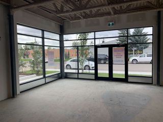 Photo 4: 15802 100 Avenue NW in Edmonton: Zone 22 Retail for lease : MLS®# E4207878