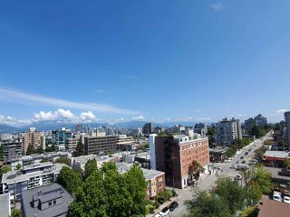 "Photo 2: 11B 1568 W 12TH Avenue in Vancouver: Fairview VW Condo for sale in ""The Shaughnessy"" (Vancouver West)  : MLS®# R2500853"