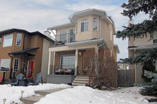 Main Photo: 2015 36 Avenue SW in Calgary: Altadore Detached for sale : MLS®# A1059527
