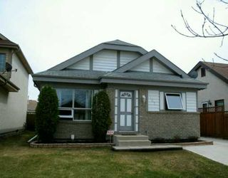 Photo 1: 107 PINETREE Crescent in WINNIPEG: West Kildonan / Garden City Single Family Detached for sale (North West Winnipeg)  : MLS®# 2706023
