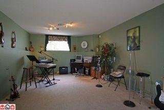 Photo 9: 15296 28A AV in Surrey: House for sale : MLS®# F1111657