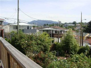 Photo 8: 3245 E GEORGIA ST in Vancouver: Renfrew VE House for sale (Vancouver East)  : MLS®# V895577