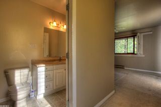 Photo 3: 338 Clifton Road in Kelowna: Other for sale : MLS®# 10037244