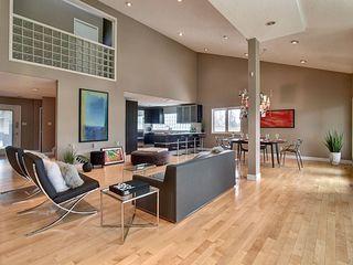 Photo 3: 14002 95 Avenue in Edmonton: Zone 10 House for sale : MLS®# E4168585