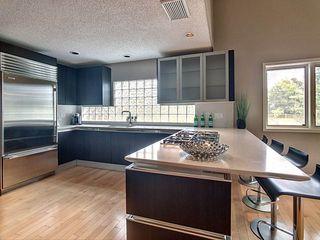 Photo 4: 14002 95 Avenue in Edmonton: Zone 10 House for sale : MLS®# E4168585