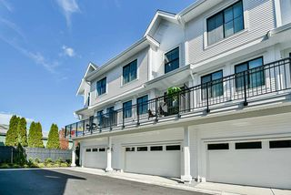 "Photo 16: 52 5945 176A Street in Surrey: Cloverdale BC Townhouse for sale in ""Crimson"" (Cloverdale)  : MLS®# R2416464"