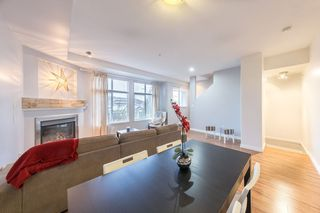 Photo 2: 7 20449 66 Avenue in Langley: Willoughby Heights Townhouse for sale : MLS®# R2430124