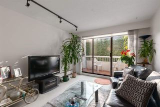 "Photo 3: 301 2450 CORNWALL Avenue in Vancouver: Kitsilano Condo for sale in ""Oceans Door"" (Vancouver West)  : MLS®# R2436483"