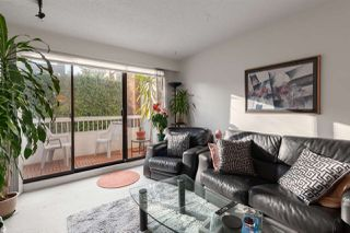 "Photo 4: 301 2450 CORNWALL Avenue in Vancouver: Kitsilano Condo for sale in ""Oceans Door"" (Vancouver West)  : MLS®# R2436483"