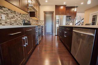 Photo 4: 1084 ARMITAGE Crescent in Edmonton: Zone 56 House for sale : MLS®# E4188001
