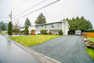 Main Photo: 5829 CLOVER Drive in Chilliwack: Vedder S Watson-Promontory House for sale (Sardis)  : MLS®# R2456746