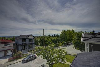 Photo 26: 517 E 61ST Avenue in Vancouver: South Vancouver House for sale (Vancouver East)  : MLS®# R2463986