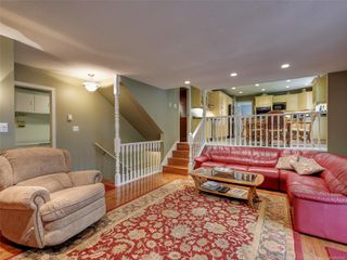 Photo 14: 3112 Wessex Close in : OB Henderson House for sale (Oak Bay)  : MLS®# 856600