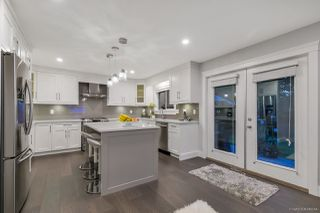"""Photo 13: 2157 OCEAN FOREST Drive in Surrey: Crescent Bch Ocean Pk. House for sale in """"OCEAN CLIFF ESTATES"""" (South Surrey White Rock)  : MLS®# R2513924"""