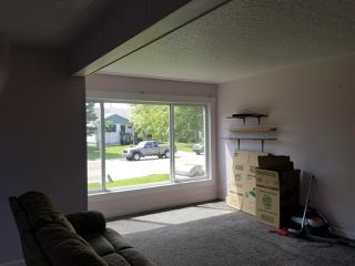 Photo 3: 7414-12 83 Avenue in Edmonton: Zone 18 House Duplex for sale : MLS®# E4220766