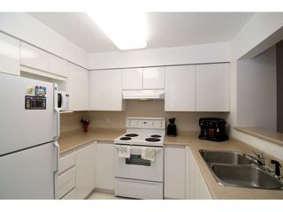 """Photo 3: 106 1200 Eastwood in Coquitlam: Condo for sale in """"LAKESIDE TERRACE"""" : MLS®# V827115"""