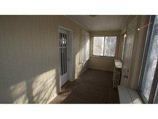 Photo 3: 643 Nairn Avenue in Winnipeg: East Kildonan Residential for sale (North East Winnipeg)  : MLS®# 1102464