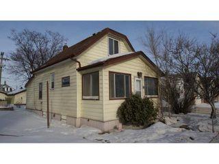 Photo 1: 643 Nairn Avenue in Winnipeg: East Kildonan Residential for sale (North East Winnipeg)  : MLS®# 1102464
