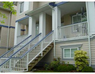 "Photo 1: 26 6833 LIVINGSTONE Place in Richmond: Granville Townhouse for sale in ""GRANVILLE PARK"" : MLS®# V654075"