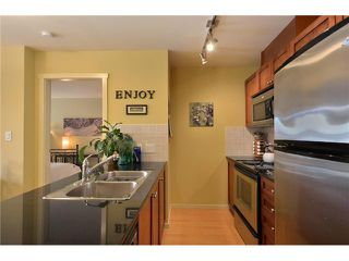 "Photo 4: # 607 415 E COLUMBIA ST in New Westminster: Sapperton Condo for sale in ""SAN MARINO"" : MLS®# V895460"