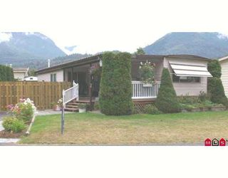"Photo 1: 38 46511 CHILLIWACK LAKE Road in Sardis: Chilliwack River Valley Manufactured Home for sale in ""BAKER TRAIL ESTATES"" : MLS®# H2704117"