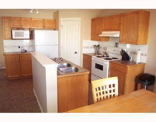 Photo 3: 6122 SADDLEHORN Drive NE in CALGARY: Saddleridge Residential Detached Single Family for sale (Calgary)  : MLS®# C3316288