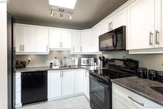 Photo 3: 305 2490 Bevan Avenue in SIDNEY: Si Sidney South-East Condo Apartment for sale (Sidney)  : MLS®# 414686