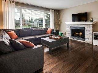 Photo 2: 4036 120 Street in Edmonton: Zone 16 House for sale : MLS®# E4170586