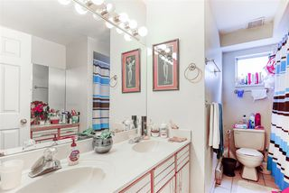 Photo 4: 3517 ADANAC Street in Vancouver: Renfrew VE House for sale (Vancouver East)  : MLS®# R2421203