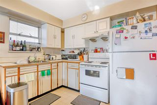 Photo 3: 3517 ADANAC Street in Vancouver: Renfrew VE House for sale (Vancouver East)  : MLS®# R2421203