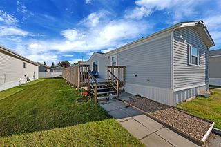 Photo 1: 5 900 Ross Street: Crossfield Mobile for sale : MLS®# A1030432