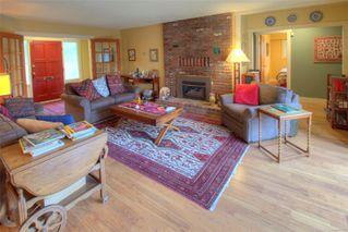 Photo 2: 965 Foul Bay Rd in : OB South Oak Bay House for sale (Oak Bay)  : MLS®# 858501