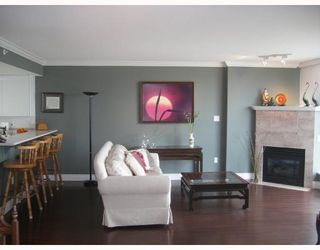"Photo 2: 1205 1088 QUEBEC Street in Vancouver: Mount Pleasant VE Condo for sale in ""VICEROY"" (Vancouver East)  : MLS®# V795168"