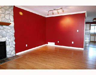 Photo 3: 24845 118A Avenue in Maple_Ridge: Websters Corners House for sale (Maple Ridge)  : MLS®# V675968