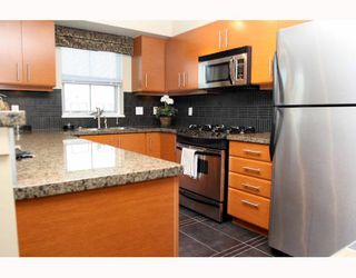 "Photo 4: 211 1706 56TH Street in Tsawwassen: Beach Grove Condo for sale in ""HERON COVE"" : MLS®# V689084"