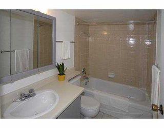 """Photo 10: 157 7293 MOFFATT Road in Richmond: Brighouse South Condo for sale in """"DORCHESTER CIRCLE"""" : MLS®# V695878"""