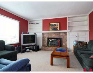 Photo 4: 8864 204A Street in Langley: Walnut Grove House for sale : MLS®# F2812897