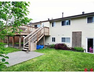 Photo 9: 8864 204A Street in Langley: Walnut Grove House for sale : MLS®# F2812897