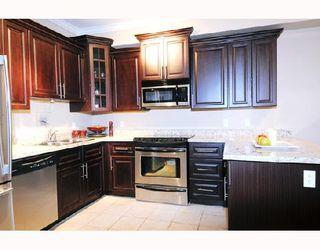 Photo 3: # 104 22363 SELKIRK AV: Condo for sale : MLS®# V719735