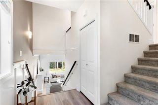 Photo 13: 1142 Bombardier Cres in VICTORIA: La Westhills Single Family Detached for sale (Langford)  : MLS®# 828324