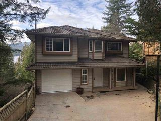 "Photo 1: 7035 SKANA Crescent in Sechelt: Sechelt District House for sale in ""SANDY HOOK"" (Sunshine Coast)  : MLS®# R2430175"