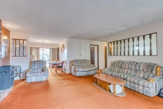 Photo 3: 3960 WILLIAM Street in Burnaby: Willingdon Heights House for sale (Burnaby North)  : MLS®# R2435946